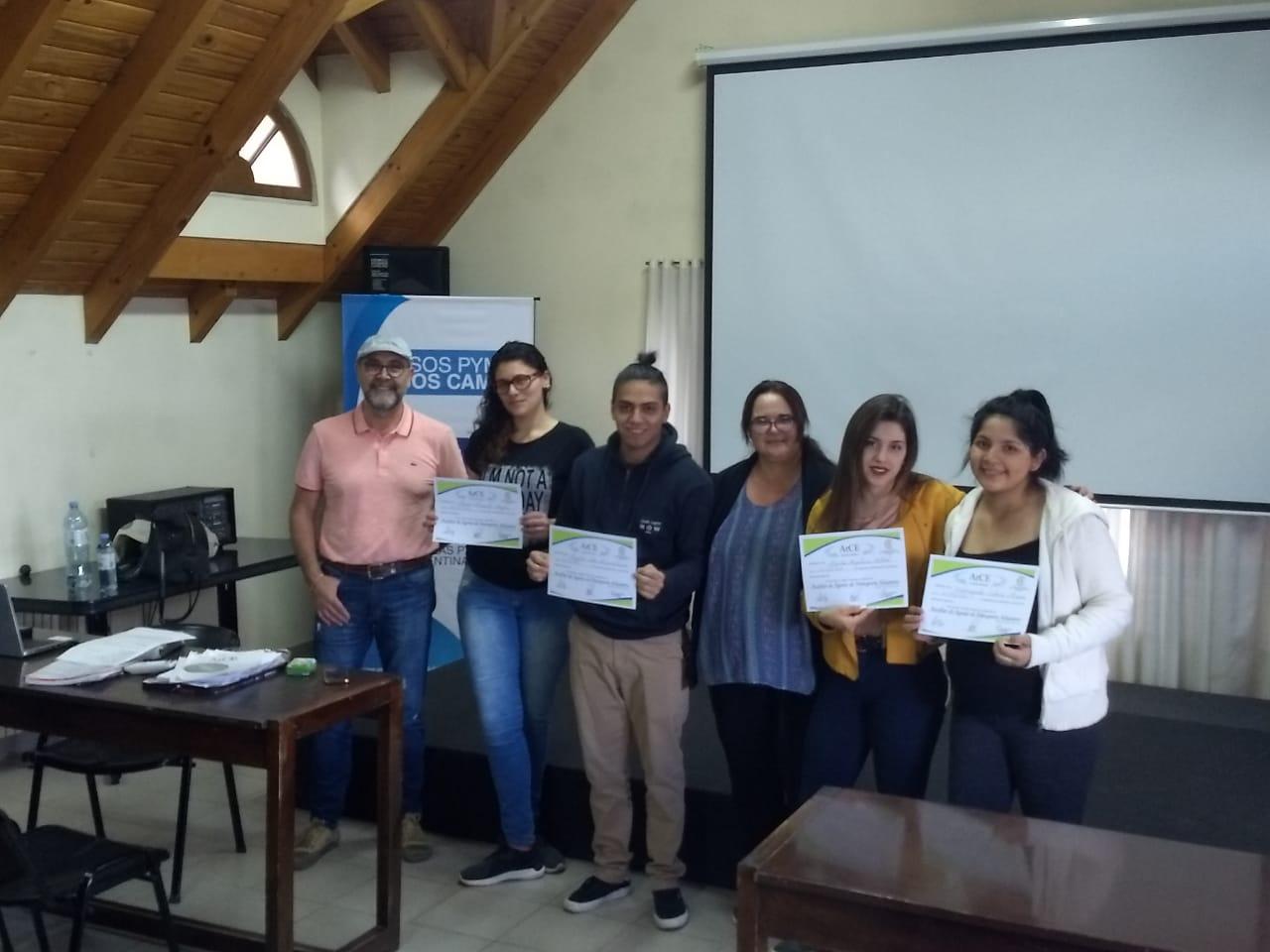 Entrega de Certificados del Estudio Aduanero ArCe